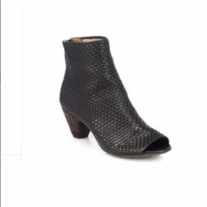 Marséll leather Weaved Ankle black booties size 37